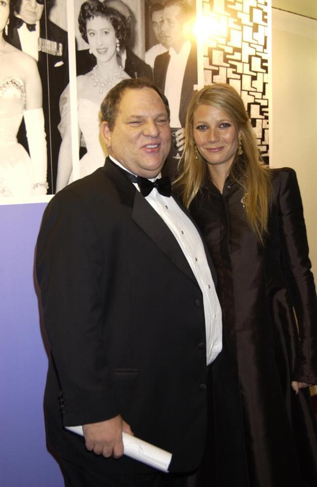 Harvey Weinstein posa a un evento con Gwyneth Paltrow