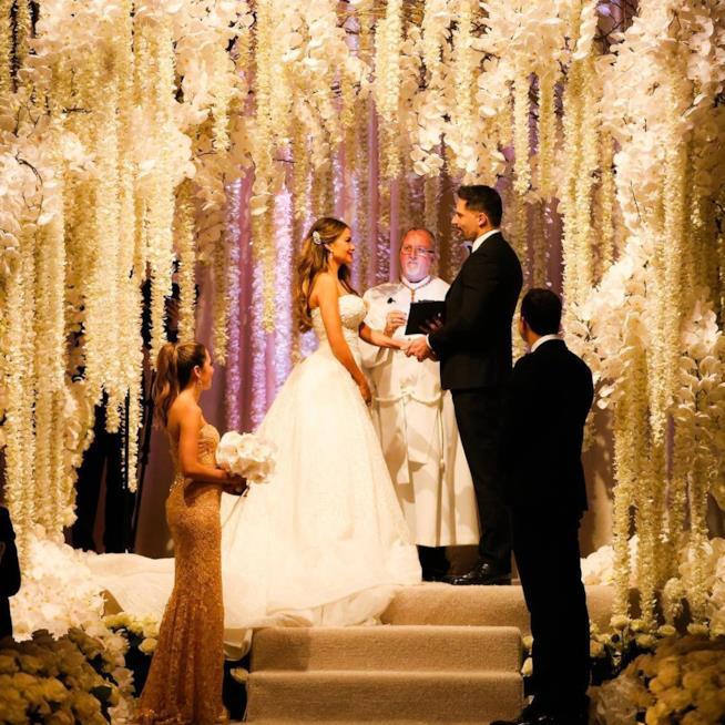 La cappella di orchidee dove si è celebrato il matrimonio tra la Vergara e Manganiello