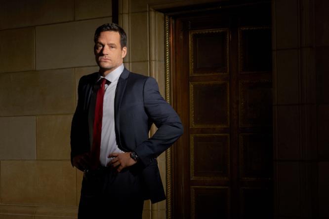 Josh Hopkins interpreta Liam O'Connor nella serie TV Quantico