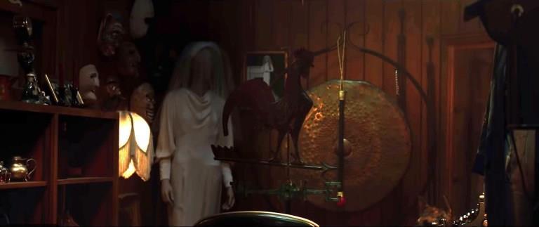 Annabelle Comes Home: l'abito della Sposa