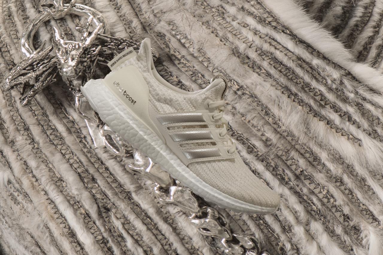Una delle fantasie di Adidas per i Targaryen nelle scarpe a tema Game of Thrones