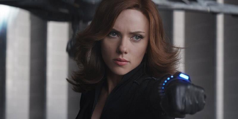 Un'immagine di Scarlett Johansson nei panni di Black Widow