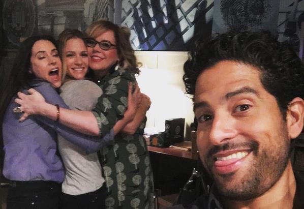 Una foto divertente di Adam Rodriguez sul set di Criminal Minds