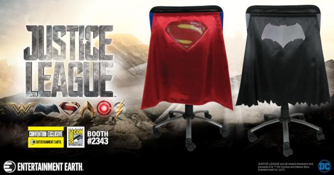 In esclusiva per il San Diego Comic-Con i mantelli ispirati al film Justice League