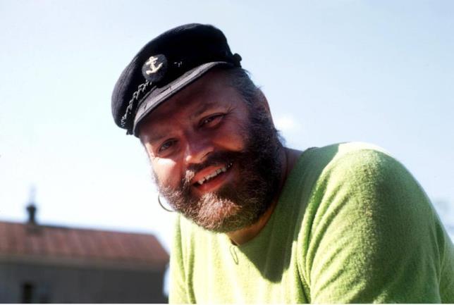 Foto di Beppe Wolgers nel ruolo di Capitan Calzelunghe