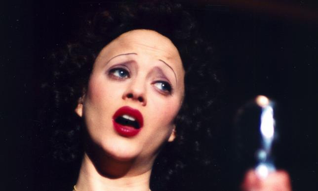 Marion Cotillard interpreta Edith Piaf