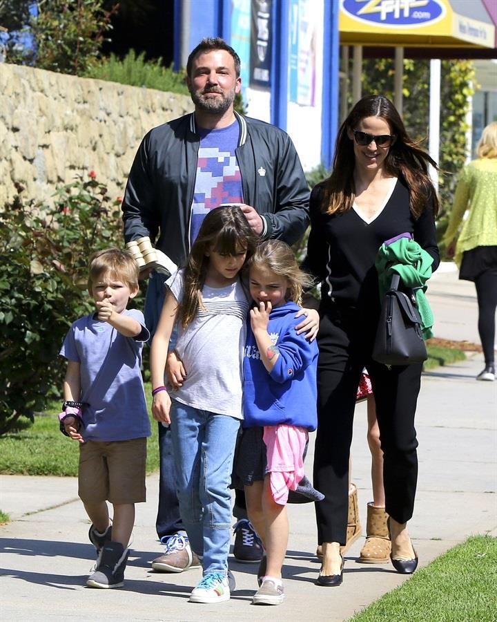 Una delle ultime foto di Jennifer Garner e Ben Affleck con i loro figli