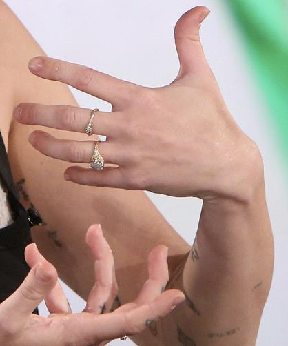 L'anello di fidanzamento di Miley Cyrus