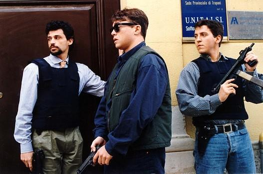 La scorta, Ricky Tognazzi firma un dramma dai toni documentaristici