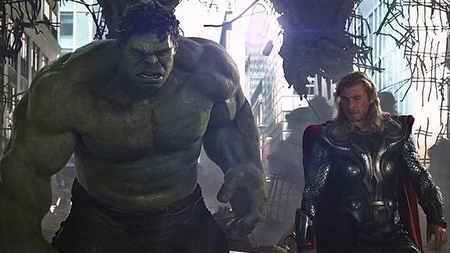 Thor e Hulk in una scena di The Avengers: Age of Ultron