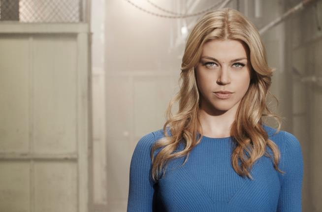 Adrianne Palicki in una foto dal set
