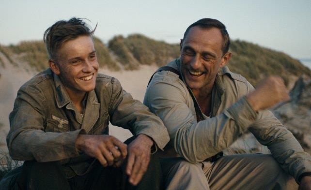 I due soldati protagonisti in una scena del film