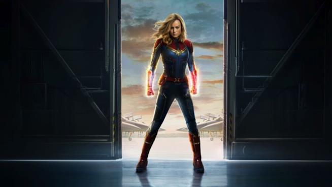 Un poster promozionale di Captain Marvel