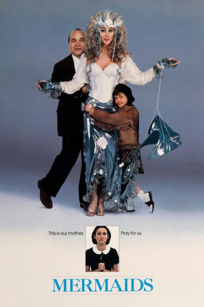 Sirene, il poster del film con Cher