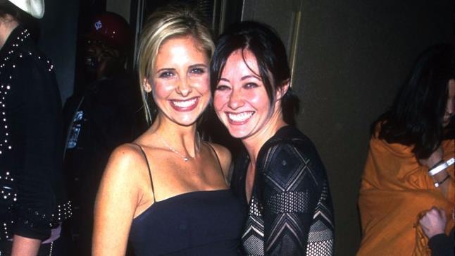 Sarah Michelle Gellar e Shannen Doherty in un'immagine di repertorio