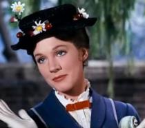 Julie Andrews nei panni di Mary Poppins
