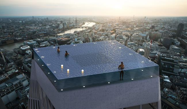 Piscina Sul Tetto.La Suggestiva Piscina Sul Tetto Di Un Grattacielo Di Londra