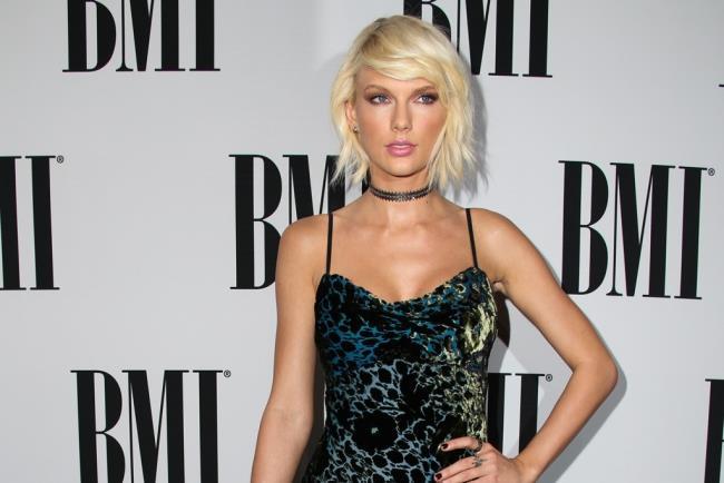 Taylor Swift BMI Awards 2016