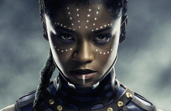 Shuri, personaggio del film Black Panther interpretato da Letitia Wright