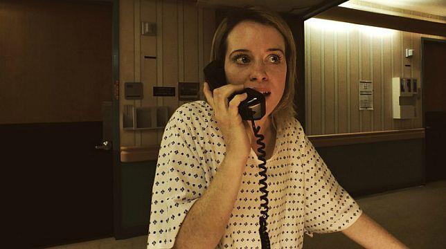 Claire Foy in una scena di Unsane