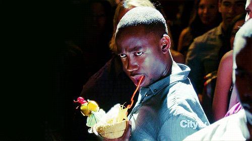 New Girl, Wilson beve un drink e si scatena