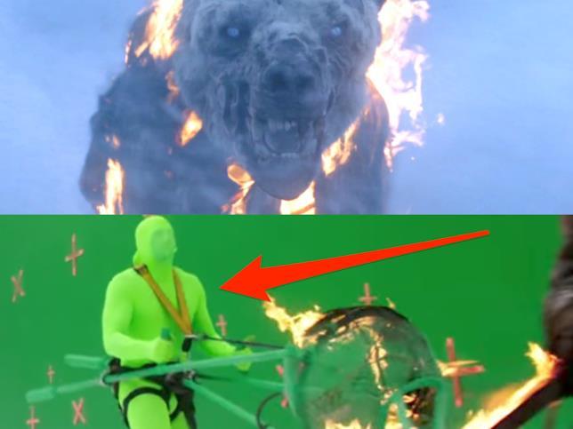 Il prodotto finito dopo il lavoro di CGI. Sotto, il povero Toby vestito di verde