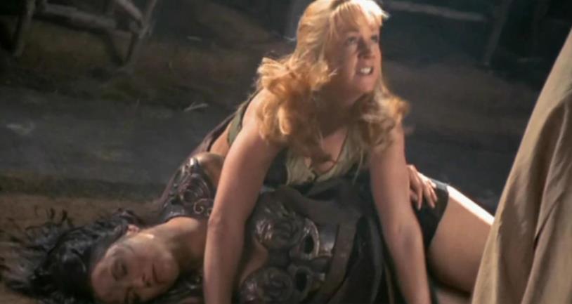 Olimpia difende Xena da Nerissa