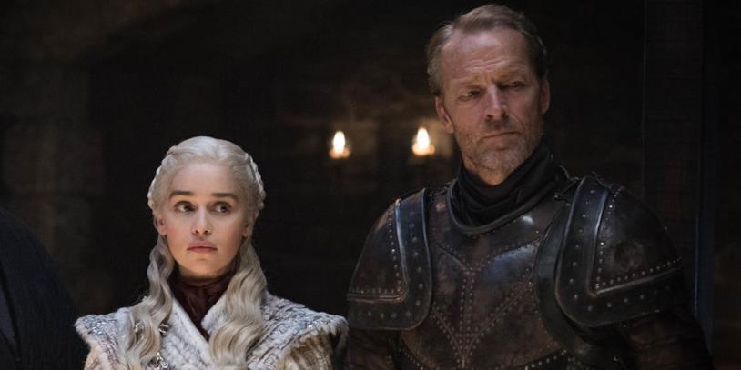 Emilia Clarke e Iain Glen in Game of Thrones 8x01