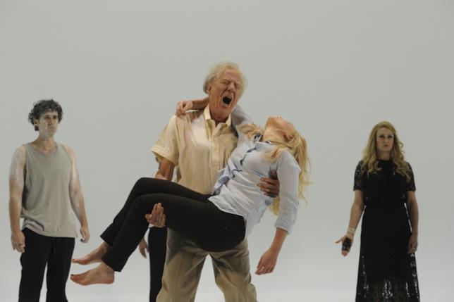 Geoffrey Rush e Eryn-Jean Norvill mettono in scena la tragedia teatrale Re Lear