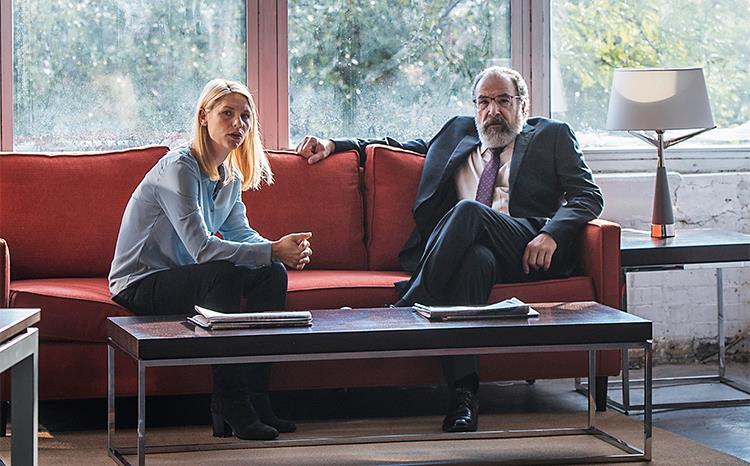 Carrie e Saul in una scena della sesta stagione di Homeland