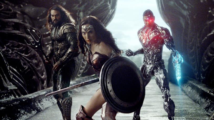 Una nuova immagine di Justice League con Gal Gadot, Jason Momoa e