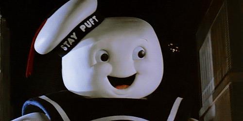 L'Uomo della pubblicità dei Marshmallow cammina