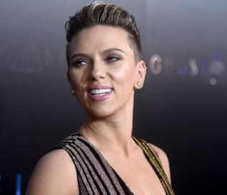 Scarlett Joahnsson alla prima di Ghost in the Shell