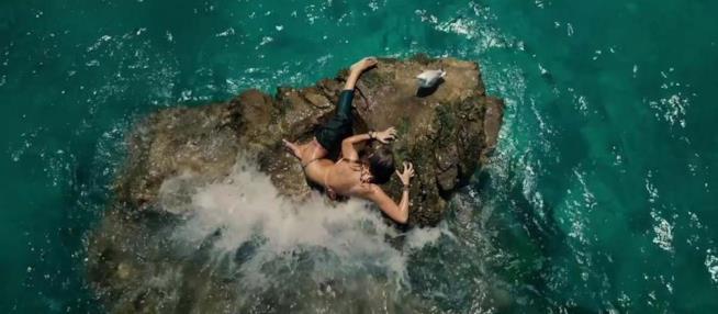 La recensione di Paradise Beach con Blake Lively