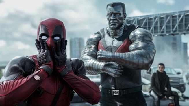 Deadpool e Colosso in una scena del film