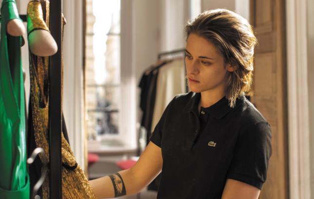 Personal Shopper, la recensione del film di Assayas con Kristen Stwewart