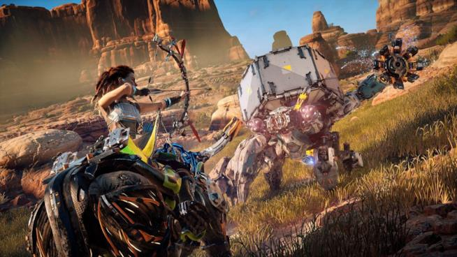 Aloy combatte contro una temibile macchina in Horizon: Zero Dawn