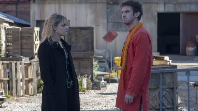 Syd e David nel secondo episodio della terza stagione di Legion