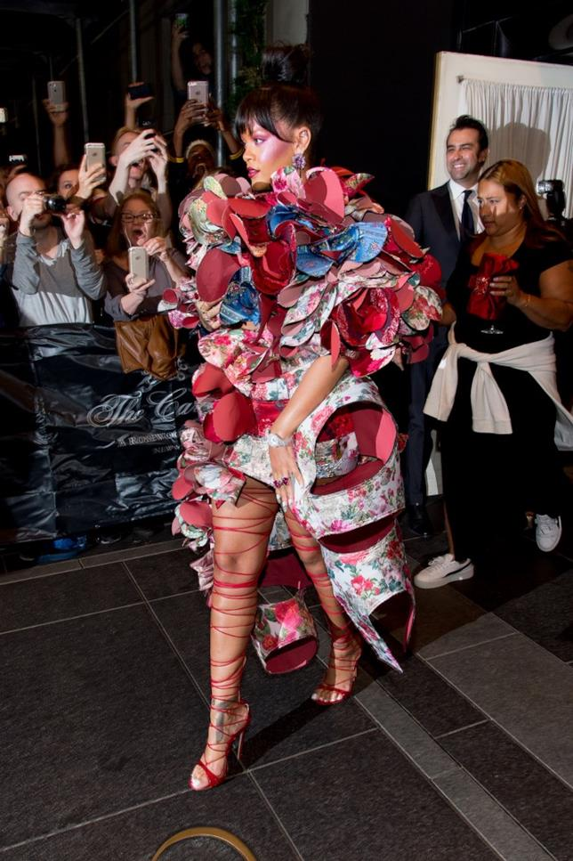 Rihanna e il look MET Gala 2017