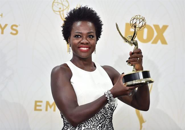 Viola Davis conquista un Emmy per il suo ruolo di Annalise Keating