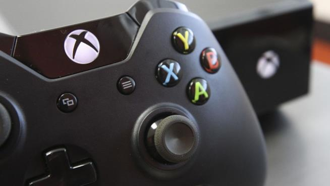 Un particolare del controller di Xbox One