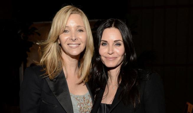 Courteney Cox e Lisa Kudrow, Monica e Phoebe in Friends