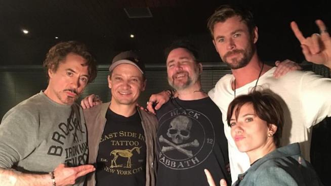 Gli Avengers originali riuniti per un tatuaggio