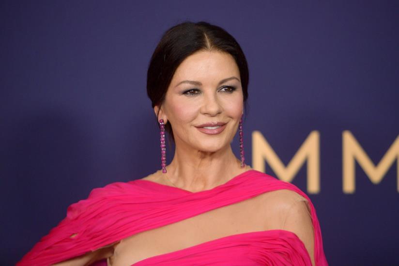 Una foto di Catherine Zeta-Jones agli Emmy 2019
