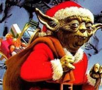 Yoda vestito da Babbo Natale