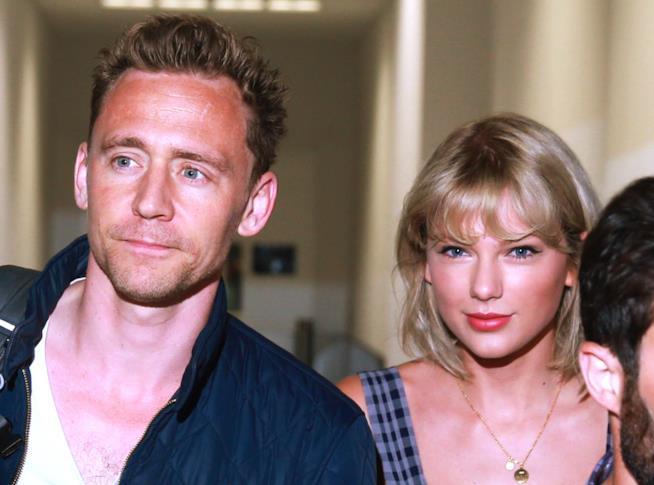 Tom Hiddleston con l'ex fidanzata Taylor Swift