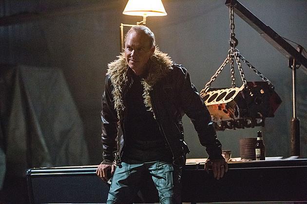 Un'anteprima del personaggio dell'Avvoltoio (Michael Keaton)