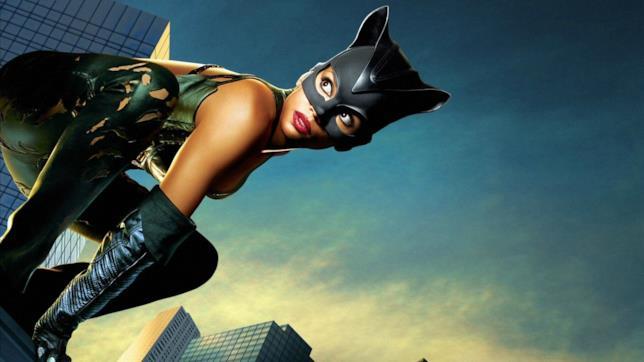 Catwoman: un'immagine promozionale dal film
