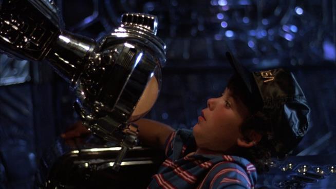Una scena di Navigator con protagonista il piccolo Joey Cramer