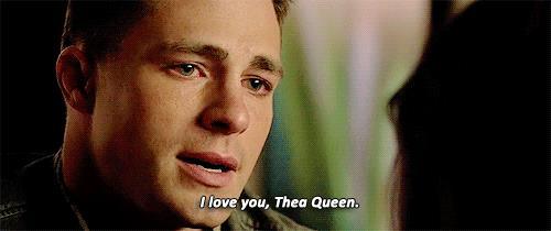 Roy dice a Thea di amarla